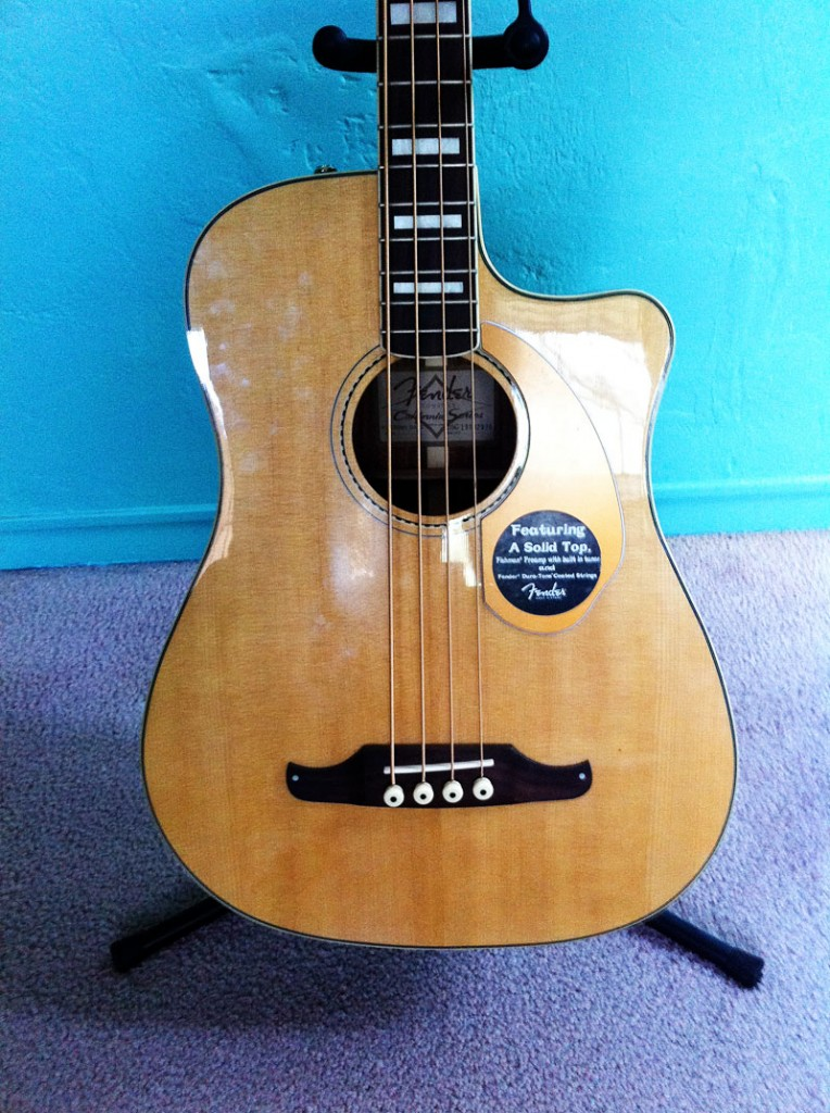 Fender Acoustic Bass